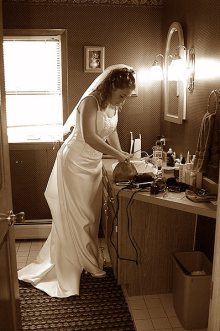 003_bride_getting_ready