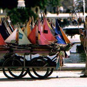 029_le-loueur-de-bateaux-a-voil