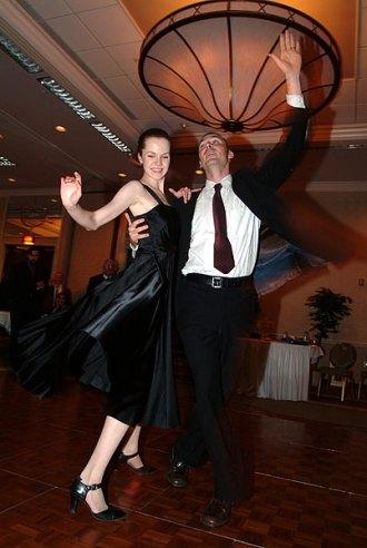 036_dancing