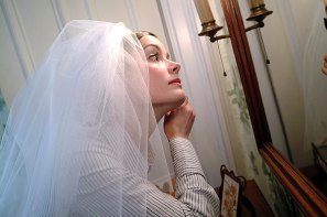 042_bride_getting_ready