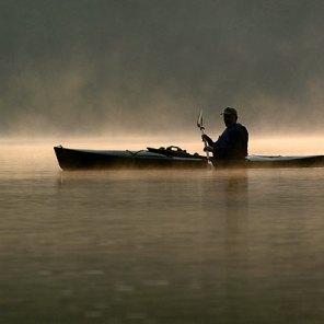 059_canoe_in_the_fog