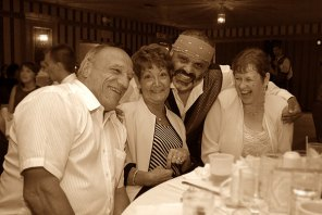 105_laughing_parents