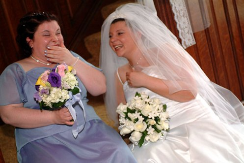 201_laughing_with_bride