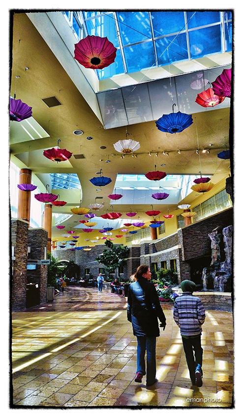 P1120118_Umbrella_Walk_Casino_w