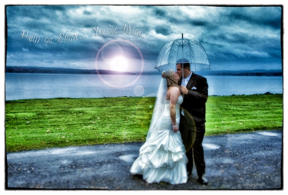 DSC_0891_Umbrella_Kiss_Nik_Rain_or_Shine_1920
