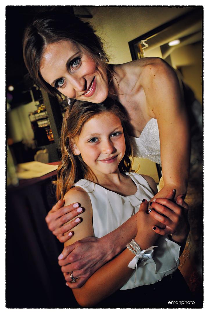 DSC_6427_Bride & Flowergirl_1080