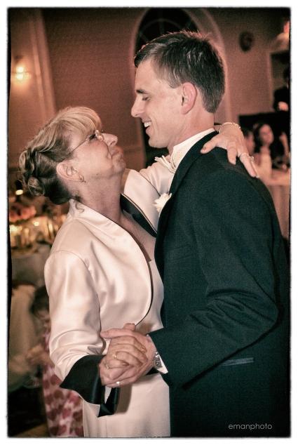 B-M&M066_Mother & Son_Dance_BB