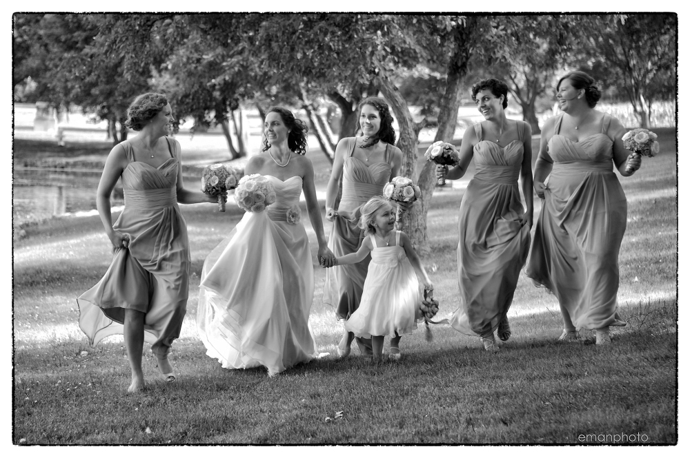 dsc_3592_frolicking_in_the_park_bb